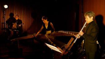『遠TONE音コンサート』で三塚幸彦がAireedXメタル尺八を使用して演奏しました