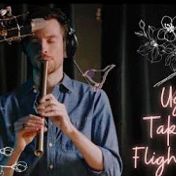 Zac Zinger plays Katana for his new song – Uguisu takes flight